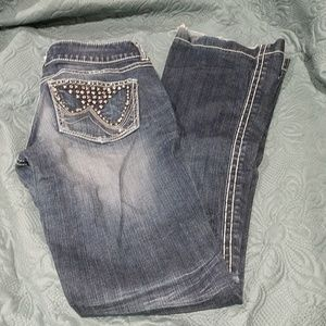 Wrangler Premium Patch Jeans w/ Studded Pocket 5/6